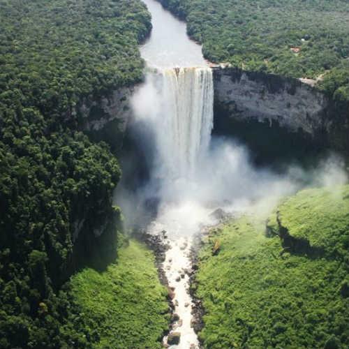 zuid-amerika-kaieteur-waterval